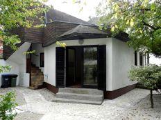 Jarun,kuća katnica s okućnicom,7sobna,210.26m2,EC C